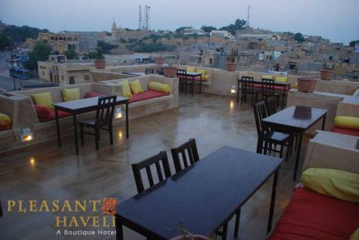 Rooftop restaurant Pleasant Haveli