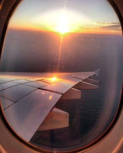 Zonsondergang Dubia.JPG